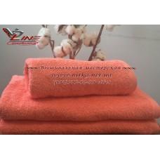 Махровое полотенце кораллового цвета без бордюра